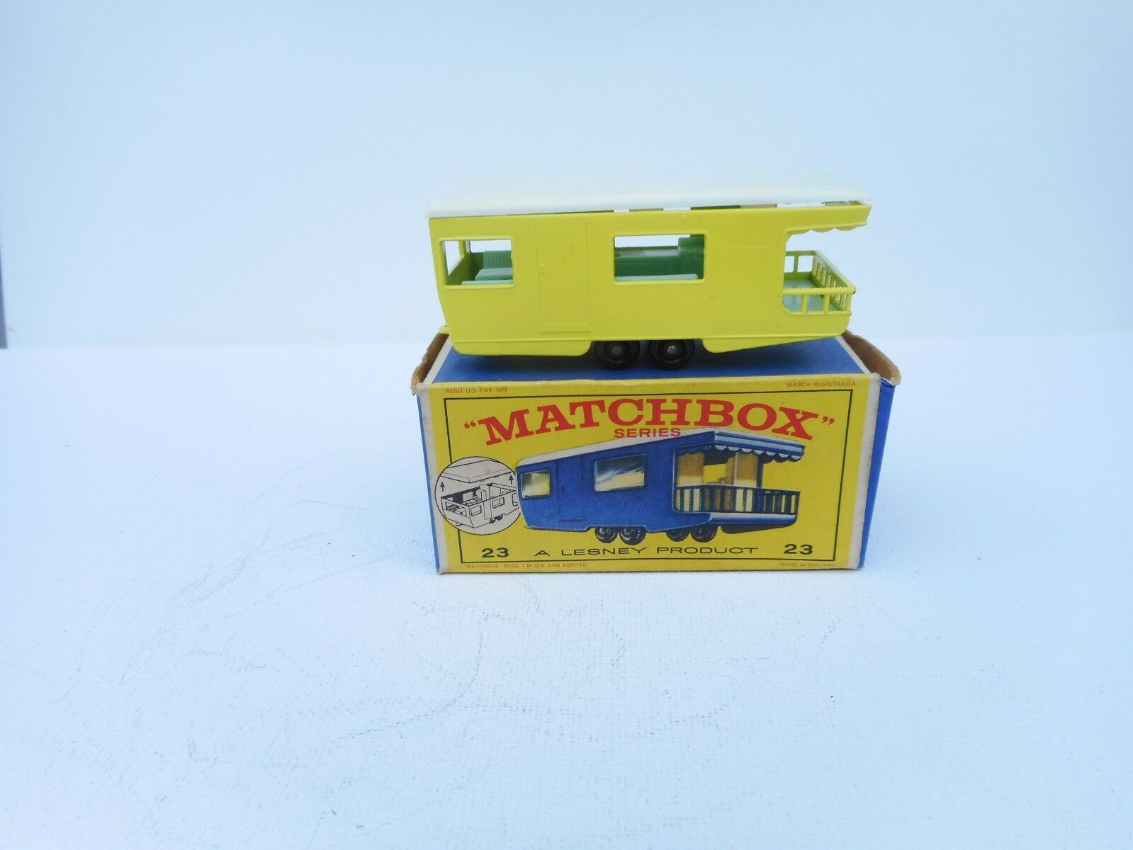 Matchbox Regular Wheels Trailer Caravan made in England Lesney VN  MIB