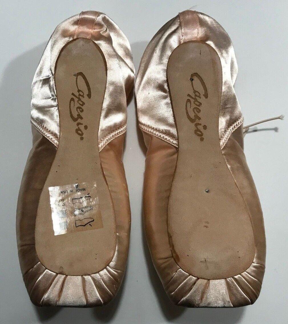 NEW Capezio 199 Tendu II Pointe Shoe  Women sizes 6.5-7