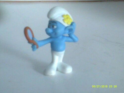 Vanity Smurfs Peyo McDonald/'s Happy Meal Toy 2011 Figure Figurine Collectible