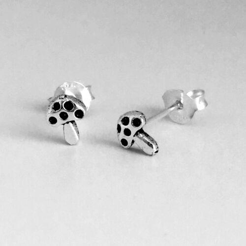 925 Sterling Argent Cartilage Boucle d/'oreille pour les femmes Helix minuscule Champignon Stud Tragus