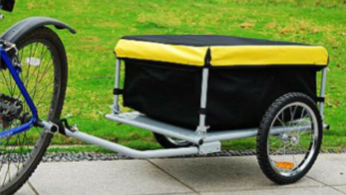 Lleva tus cosas con usted en el ir para su bicicleta motorizada. Buen