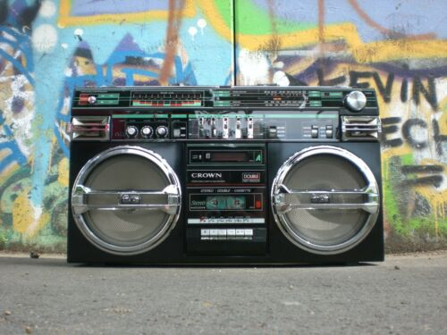 Big Boom Box Breakdancing I Love The 80/'s Music HD POSTER