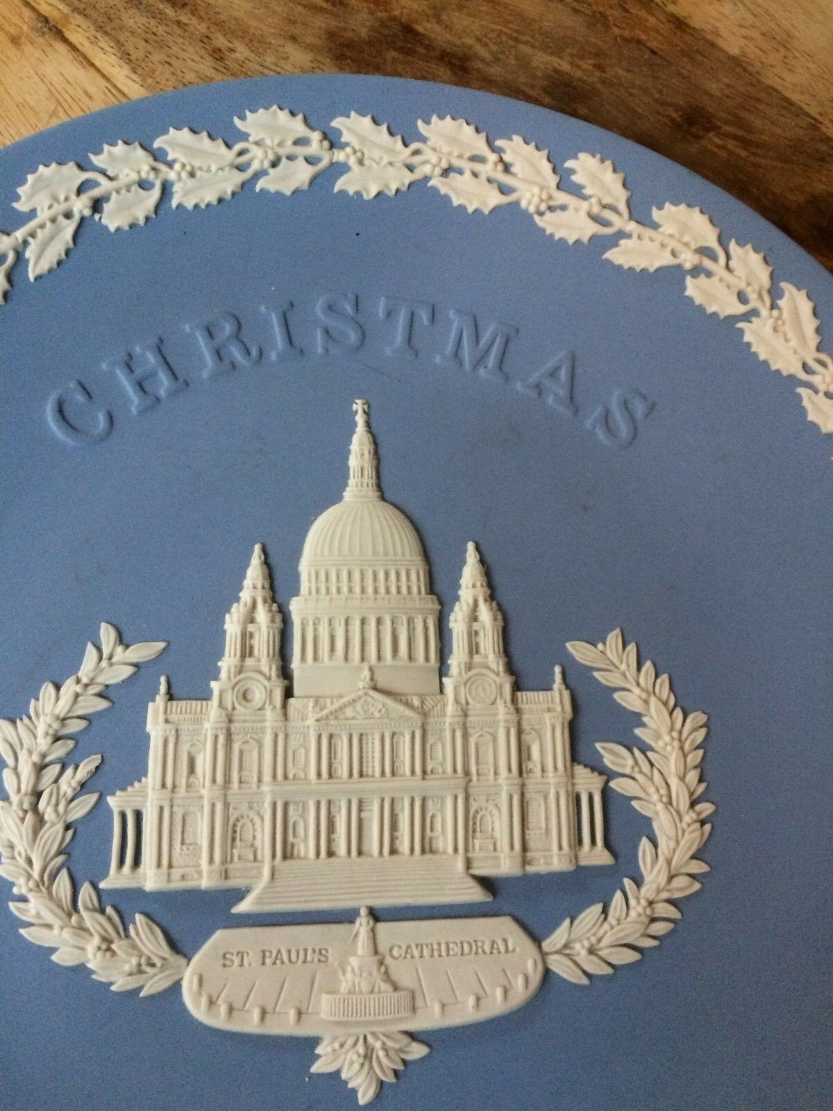 Image 3 - Wedgwood Jasper Ware Blue plate Christmas 1972 - St Paul's Cathedral