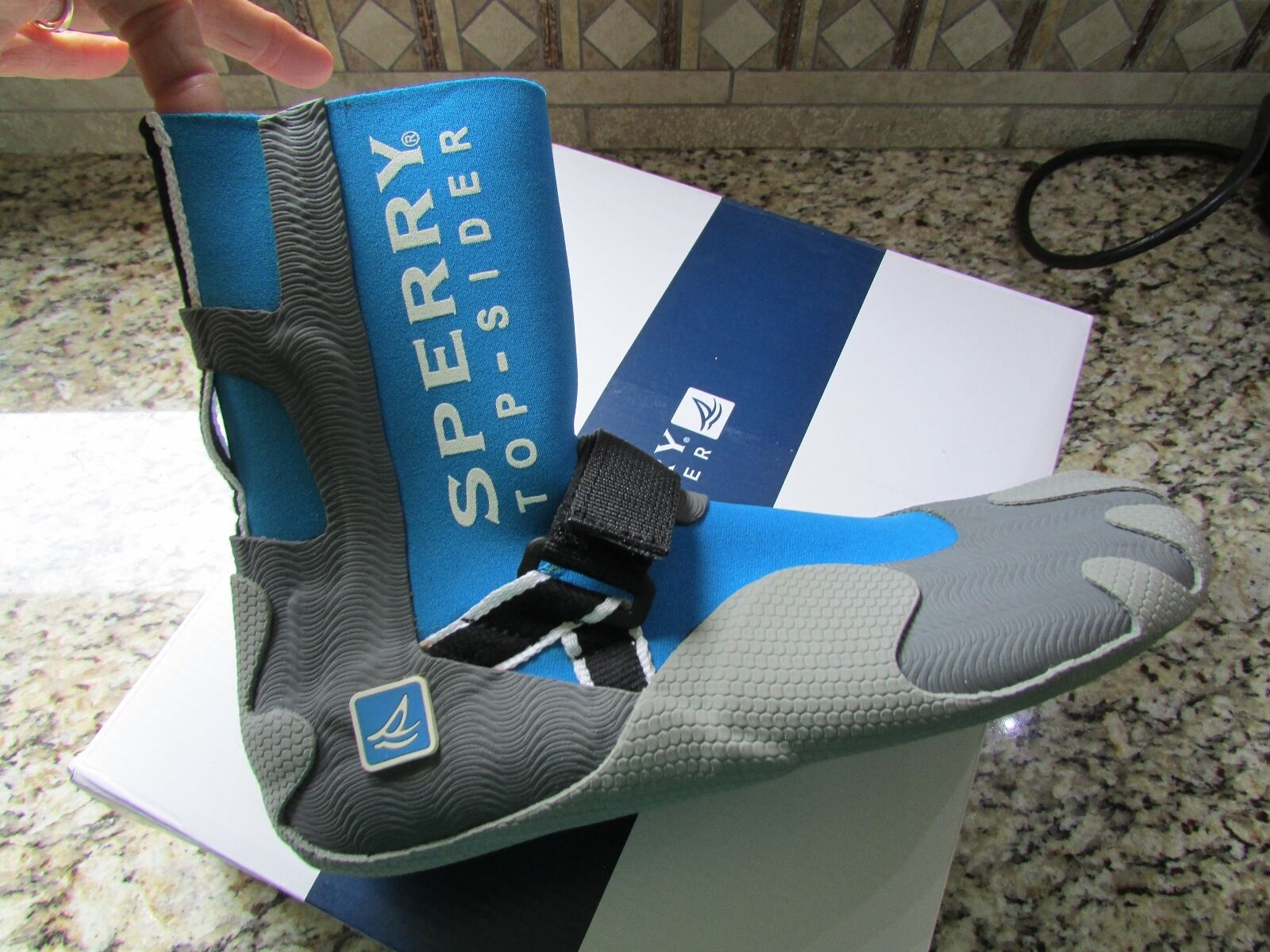 NEW SPERRY TOP-SIDER SEA SOCK HI BLUE WATER SHOES Uomo 10 #0830802