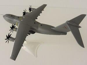 Airbus-a400m-atlas-fuerza-aerea-1-200-Herpa-557207-003-a400-Bundeswehr-wunstorf