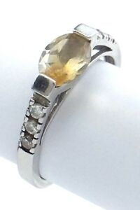 Vintage-Women-Ladies-Size-8-75-US-Oval-Citrine-Stone-Sterling-Silver-Ring-G679
