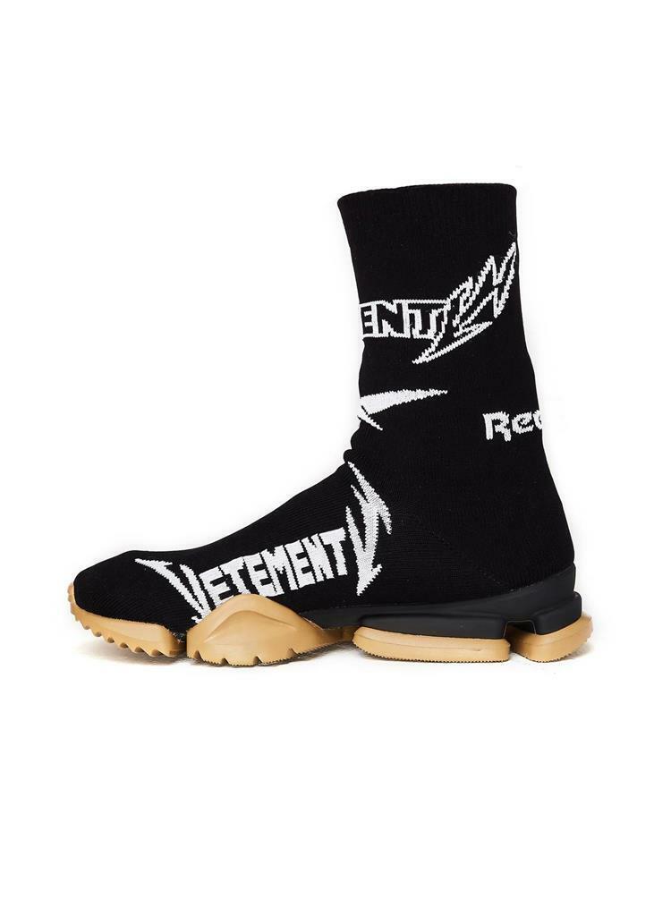 73a291b9f7 880 VETEMENTS BLACK Reebok Edition Metal Sock High-Top Sneakers SIZE 6