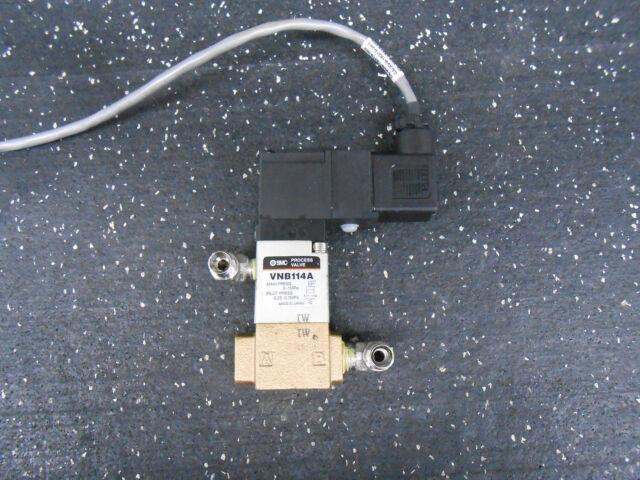 SMC Solenoid Valve VNB114A ¼