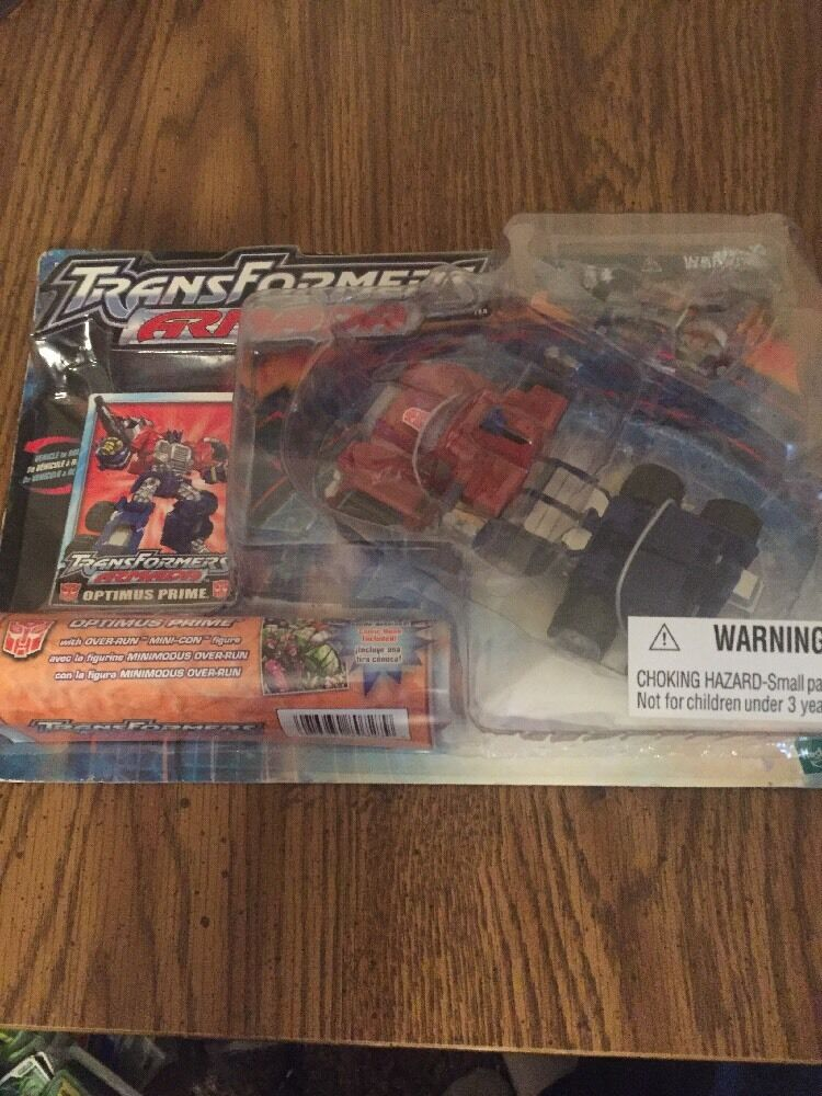 Hasbro Armada Super Cons Transformer  Optimus Prime Action Figure