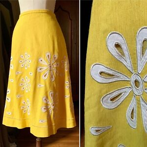 VINTAGE Style DAISY Cut Out COUTURE Skirt Yellow S/M