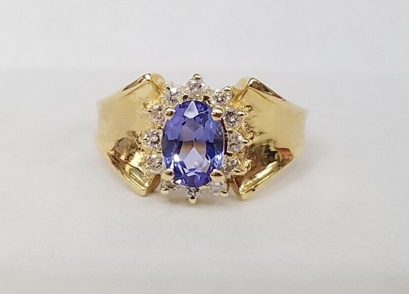 585 14K YELLOW gold OVAL 3 4 CARAT TANZANITE RING WITH .15 CARAT IN DIAMONDS