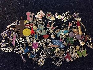 40-PiEcEs-MiXeD-ThEMe-EnAmEL-SiLvER-BRoNzE-ChArMs-BuTTeRFLy-HeArTs-KeYs-GiRLy