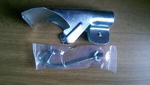 Galvanised-Metal-Saddle-Back-Broom-Clamp-for-Round-Brush-Head