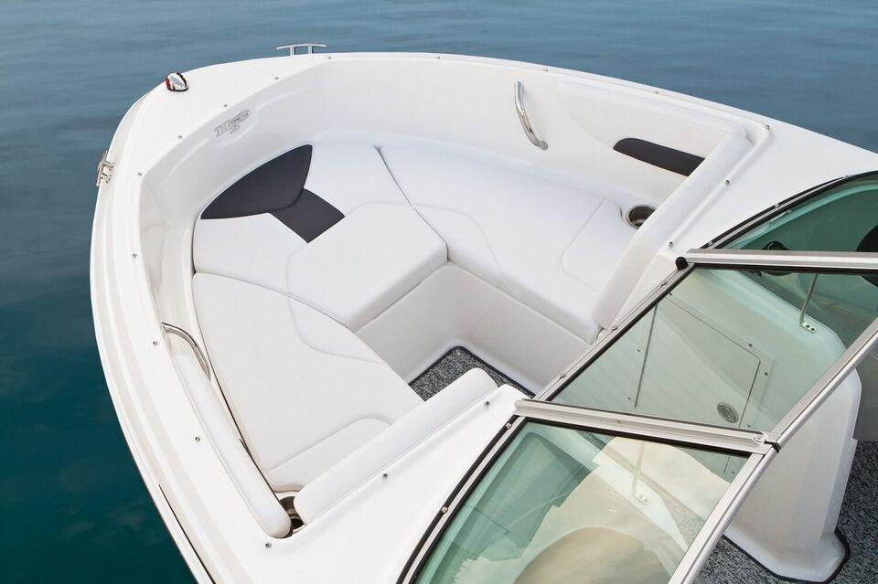 Chaparral, Motorbåd, fod 19