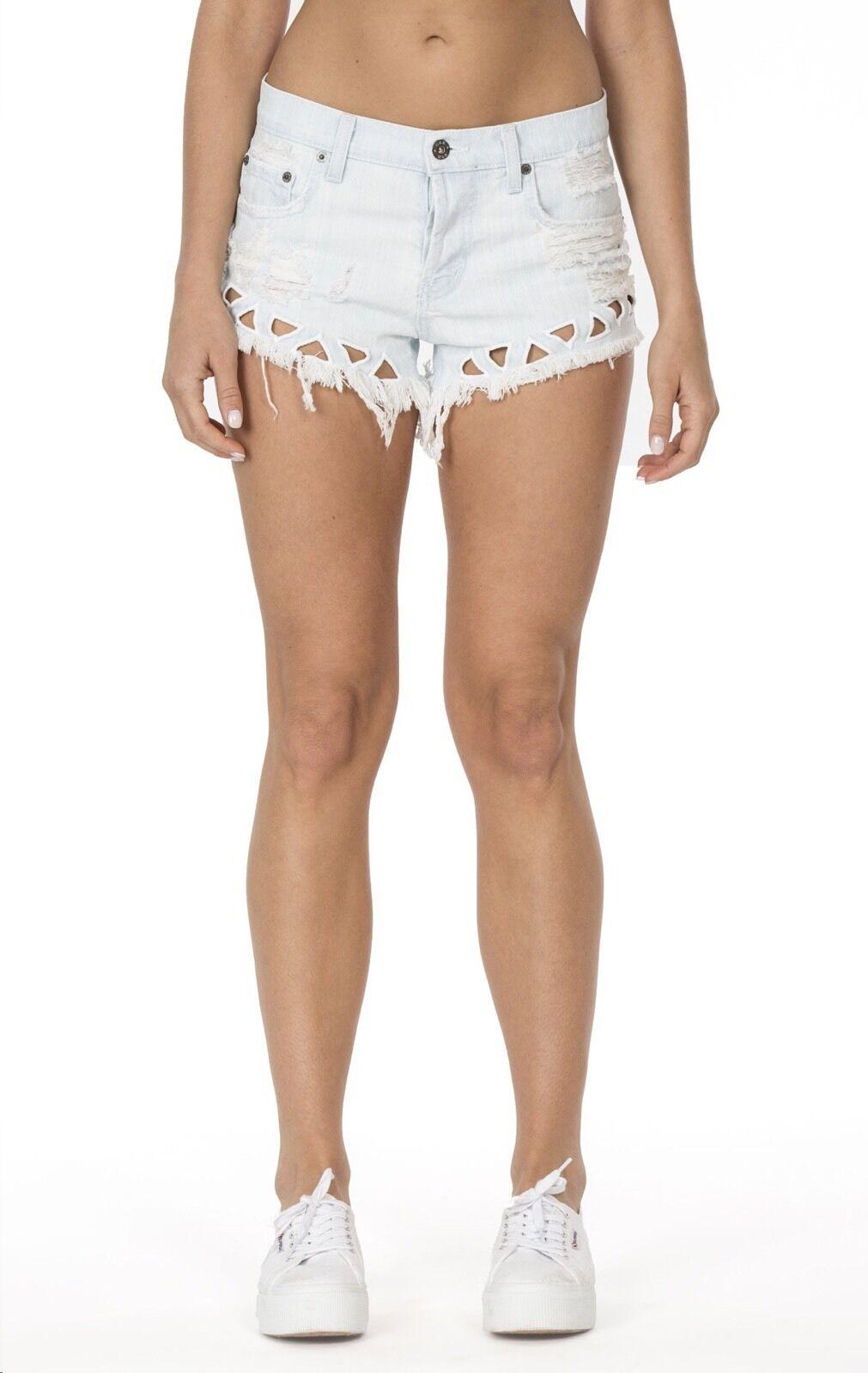 LF carmar distressed light wash TRIANGLE CUTOUT denim shorts NWT sz 27