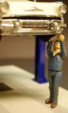 23907 American Diorama Werkstatt Crew, Hebebühne Schrauber Steve,1:24
