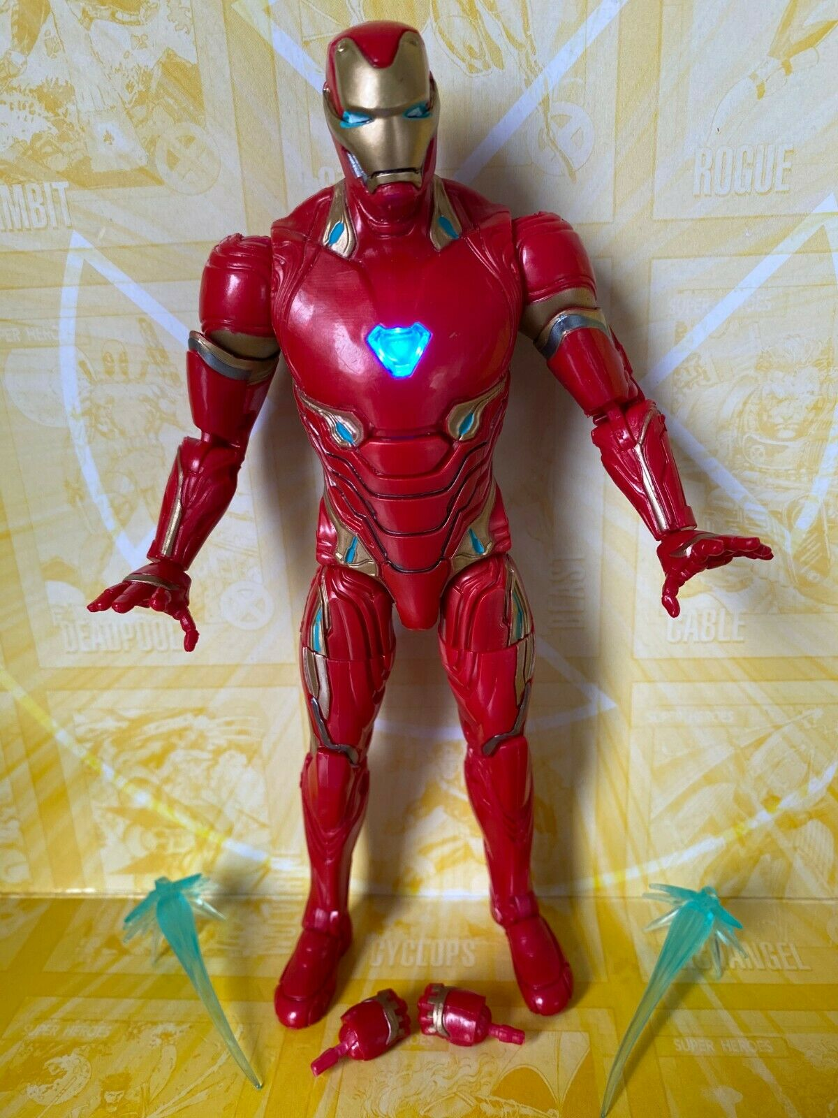 Marvel Legends Hasbro Studios Infinity Wars Iron Man LIGHT UP Action Figure (T5) on eBay thumbnail
