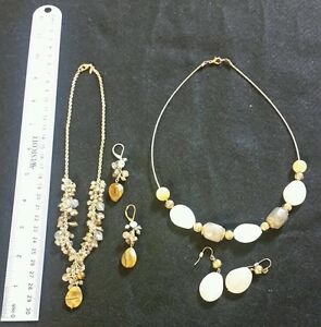 (2) NECKLACE EARRING FASHION JEWELRY SET AVON