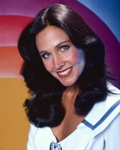 ERIN GRAY AS COL. WILMA DEERING FROM BUCK RO 8X10 PHOTO wonderful photo 264473