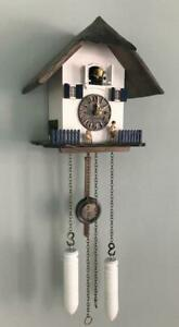 cuckoo-clock-black-forest-North-Sea-house-quarz-germany-carved-thatched-roof