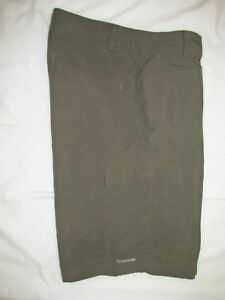 II>   COLUMBIA  ~  Mens  TITANIUM CARGO  Shorts ~ Sz 34 ~ EXCELLENT