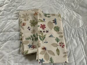 Longaberger-Botanical-Fields-fabric-Napkins-Set-Of-2