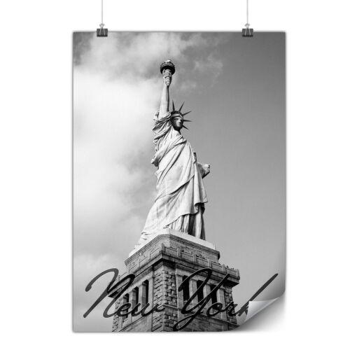 Freedom Statue NY Matte//Glossy PosterWellcoda