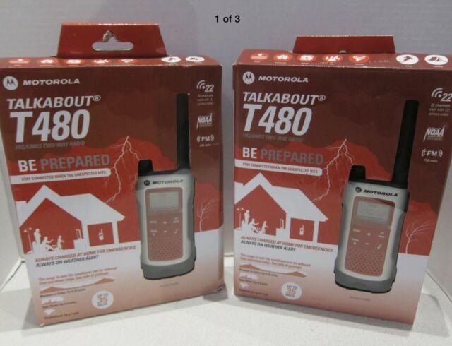 2 Motorola Talkabout T480 Walkie Talkie Rechargeable Two-Way Radio 35 Mile!!