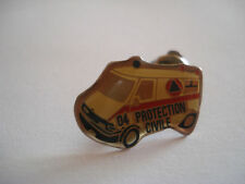 PINS RARE CAMION AMBULANCE PROTECTION CIVILE 04 SANTE