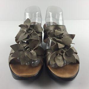 bafac7289 Clarks Artisan Women 11 M Pewter Leather Flower Slip On Sandals shoe ...