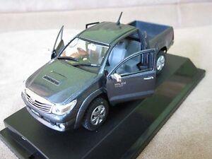 Toyota Hilux Vigo Champ Gray Metallic Model Cars Scale 1 43
