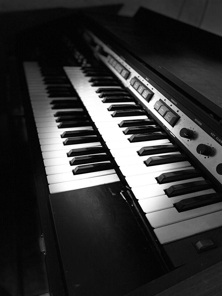 Hammondorgel, Hammond 18250K