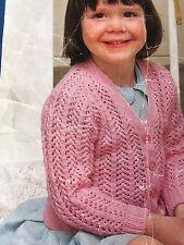 "Knitting Pattern Bambini Bambina Cardigan 3-4 strati DK 22"" -30"" vintage"