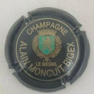 CAPSULE DE CHAMPAGNE MONCUIT