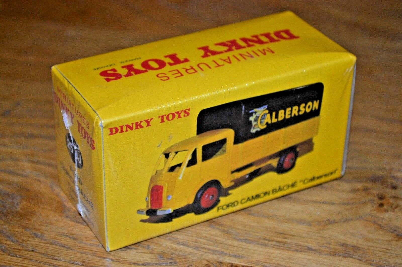 French Dinky Toys Atlas Edition Diecast Ford Camion Bache 2017 New and Unopened