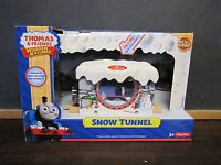 Thomas The Train Wooden Railway Moves Sodor Snow Tunnel Winter Ice Christmas