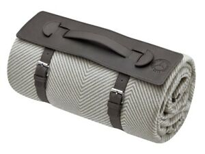 Genuine-Mercedes-Benz-Brown-Classic-Picnic-Blanket-B66041563-NEW