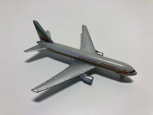 Usado - Miniatura Avion Boeing 767 Schabak 907 éthiopien