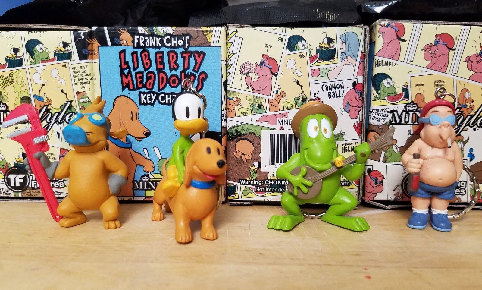 4x Frank Cho Liberty Meadows Vinyl Keychain Figures MindStyle. Dunny comic Kaws