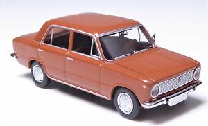 Brekina-22403-Fiat-124-1-serie-berlina-rosso-rame-SCALA-HO-1-87