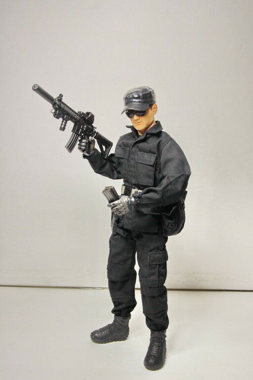 1/6 Scale Secret Service/Swat Agent with weapons & equip. BBi DiD 21st Century