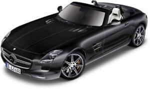 Mercedes-Benz-SLS-AMG-Roadster-schwarz-Bburago-Street-Fire-Auto-Modell-1-32