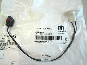 s l300 1994 2001 dodge ram truck license plate lamp wiring harness oem license plate light wiring harness at bakdesigns.co