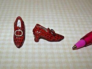 Miniature-Doll-039-s-Cobbler-034-Alligator-034-Pumps-Oval-Buckle-2-DOLLHOUSE-1-12