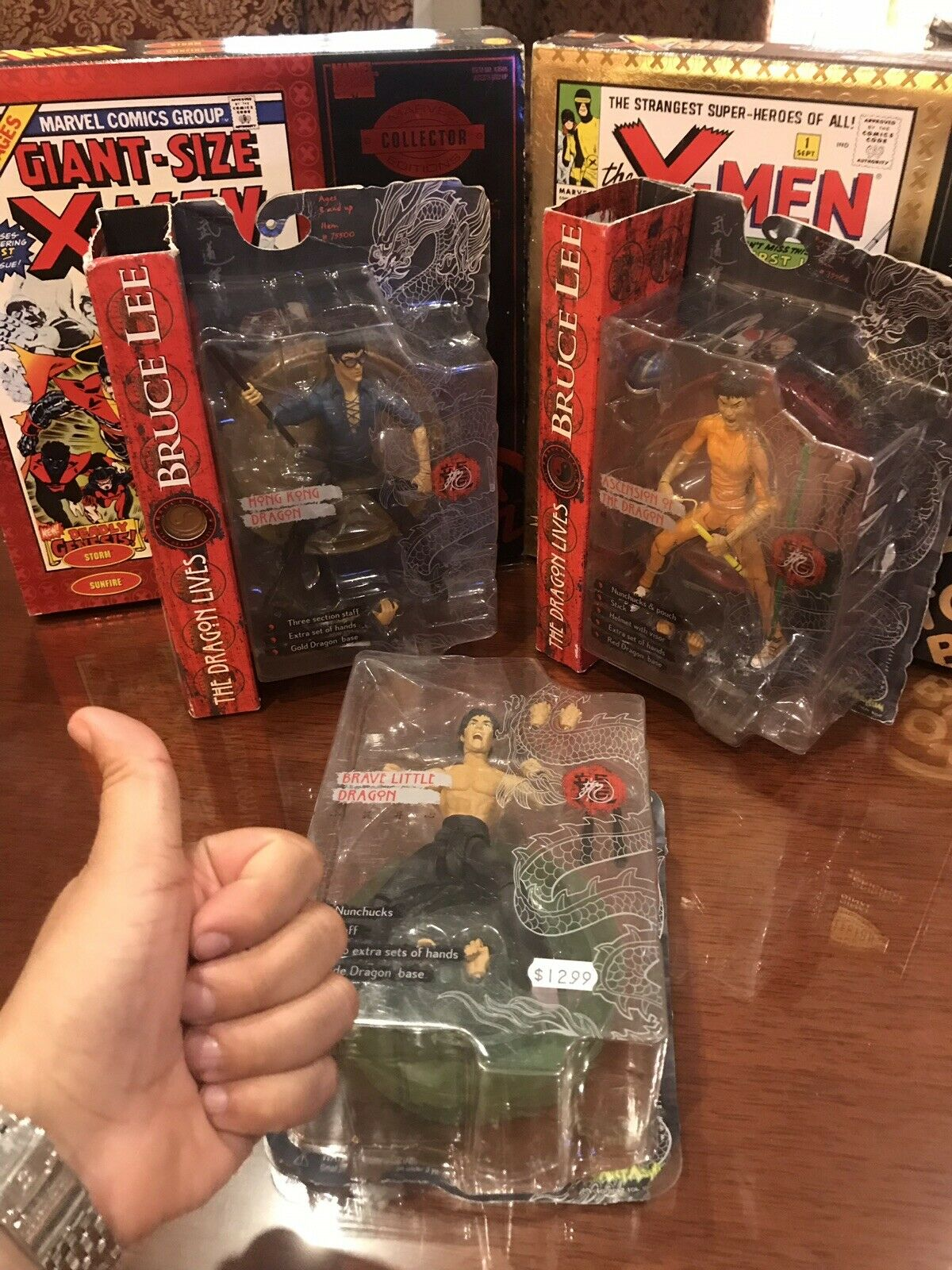 BRUCE LEE The Dragon Lives Action Figures.  Collector Collector Collector Pieces. MAKE ME AN OFFER ) a43