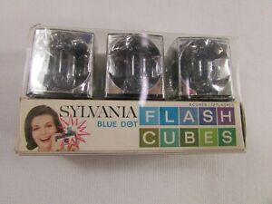 Sylvania Blue Dot Flash Cubes Film Flash Bulb Cubes 3 Cubes 12 Flashes