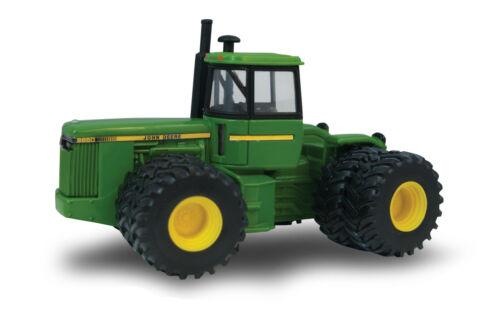 1/64 ERTL JOHN DEERE 8850 4WD TRACTOR W/ DUALS