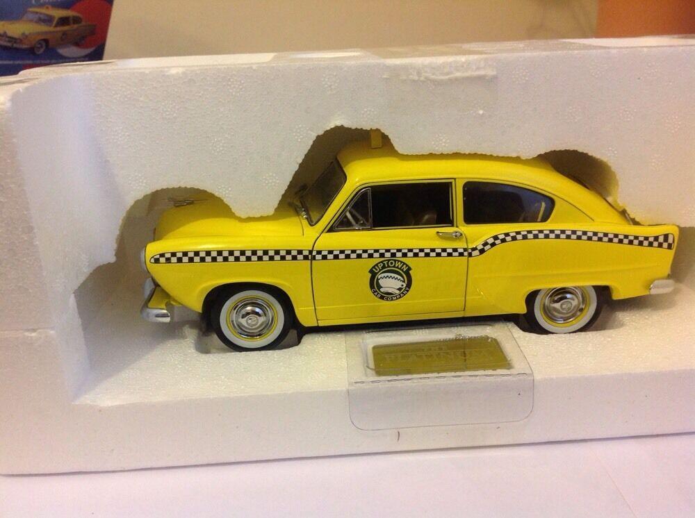 1951 Kaiser Henry J taxi 1 18 scale  Ltd Edit 999pcs Yellow Cab New York NY type