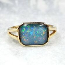 Beautiful 9ct Yellow Gold Vibrant Blue Opal Triplet Gemstone Ring / Size J