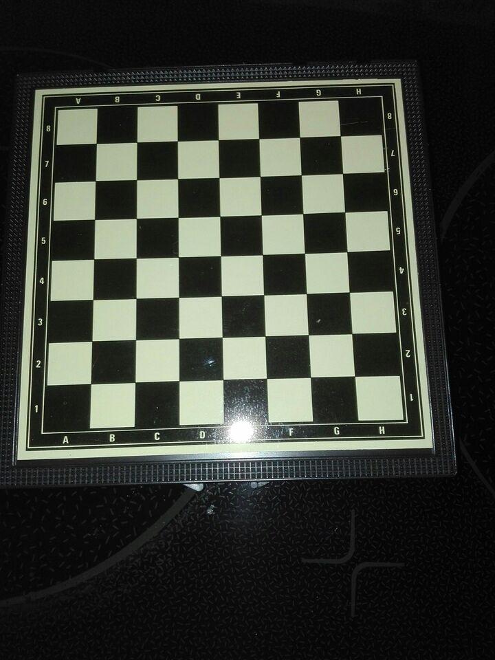 7 magnetiske spil i een æske, Forskellige spil, andet spil